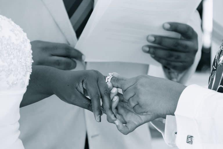 Homme cherche a se marier