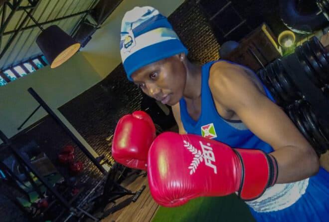 Qui est Ornella, cette boxeuse burundaise qui met KO les têtes d'affiche ?